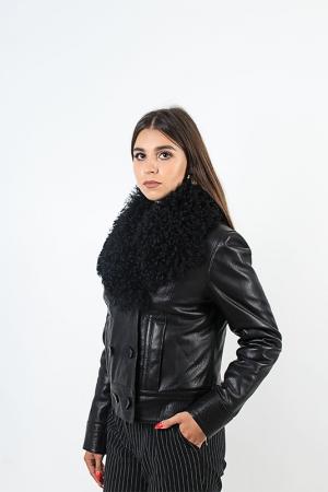 Куртка с воротником из барашка